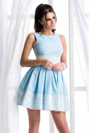 Rozkloszowana sukienka z koronką - błękitna