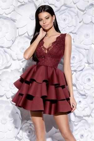 Sukienka trzy falbany - bordowa