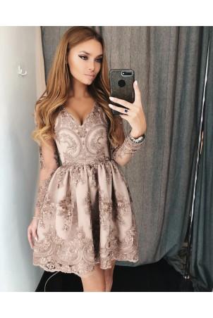 Rozkloszowana koronkowa sukienka z długim rękawem Eva - cappuccino