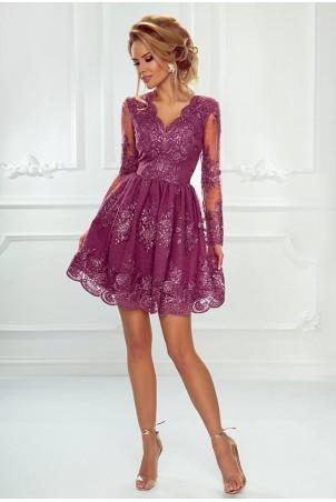 Rozkloszowana koronkowa sukienka z długim rękawem Eva - śliwkowa