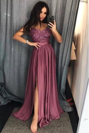 Długa sukienka na cienkich ramiączkach Sally - jagodowa