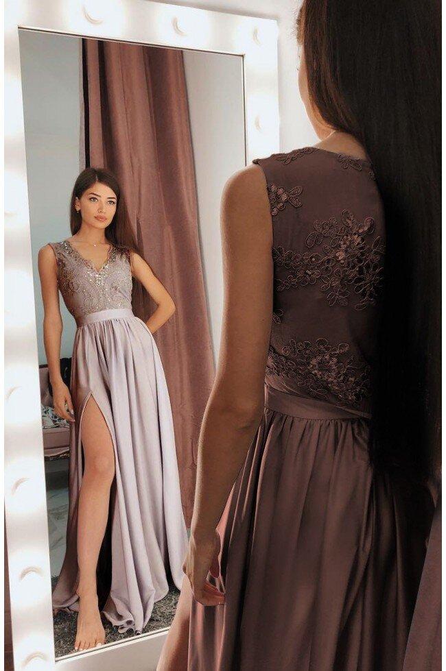 580c9492d7 Długa sukienka na wesele z koronkową górą Julia - cappuccino. Loading zoom