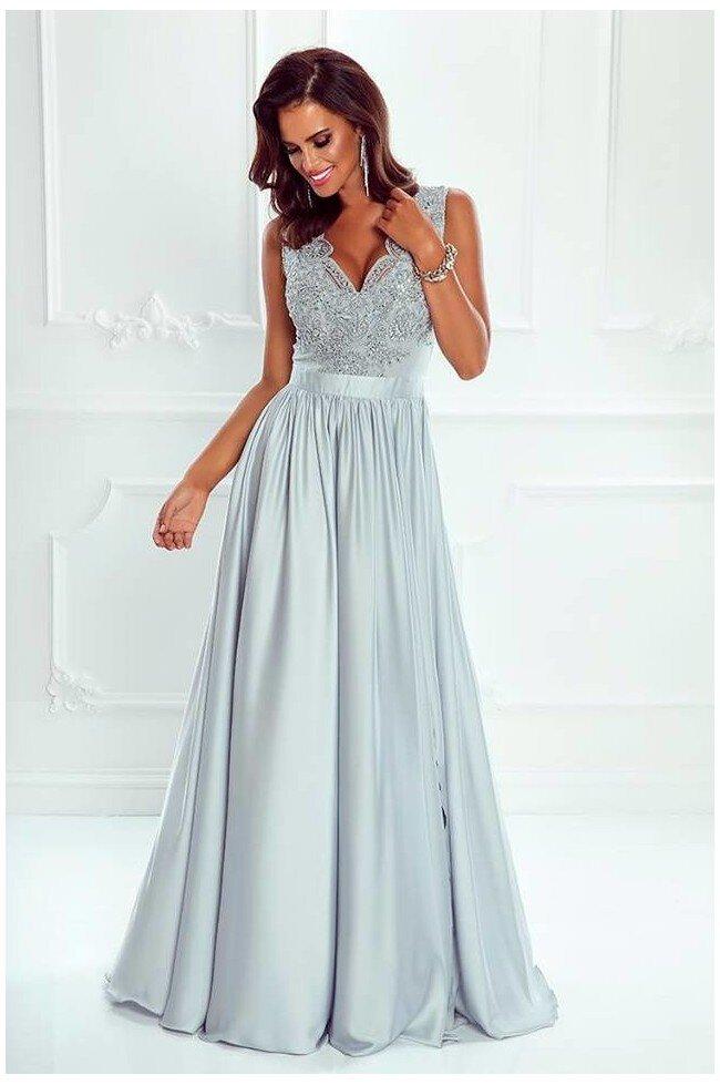 63da10afaa Długa sukienka na wesele z koronkową górą Julia - szara. Loading zoom
