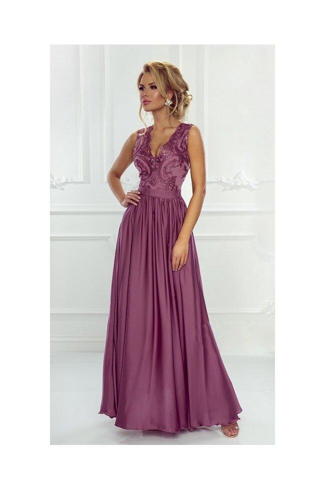 0dcc0fef94 Długa sukienka na wesele z koronkową górą Julia - jagodowa. Loading zoom