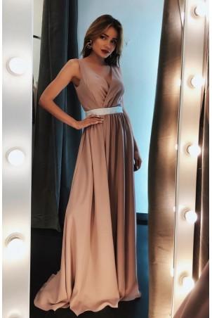 Długa sukienka wieczorowa ze srebrnym pasem Olivia - cappuccino