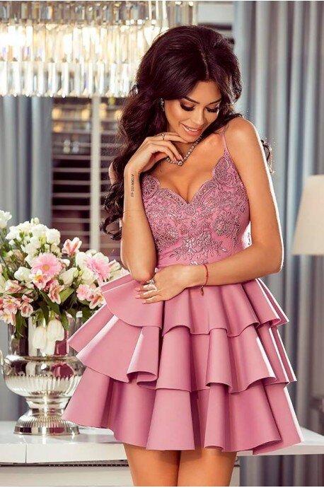 Rozkloszowana sukienka z trzeba falbanami Afrodyta - różowa