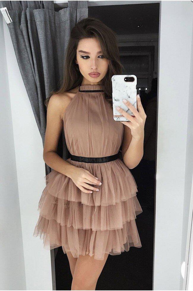 710891c8b5 Tiulowa sukienka bez pleców Nicole - cappuccino - Pretty Clever ...