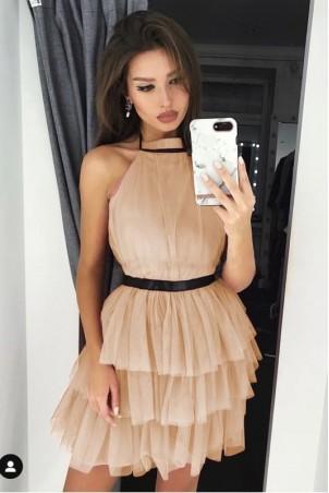 Tiulowa sukienka bez pleców Nicole - beżowa