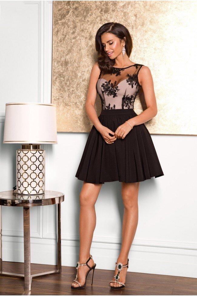 eed272a533 Rozkloszowana sukienka z koronką Grace - czarna - Pretty Clever ...