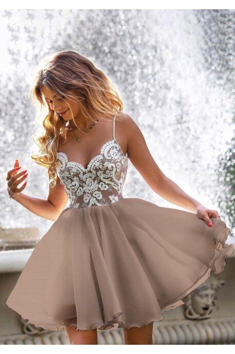 Ekskluzywna sukienka z koronkowym gorsetem Wenus - biała z beżem