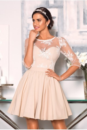 Rozkloszowana sukienka z koronką Grace - beżowo-biała