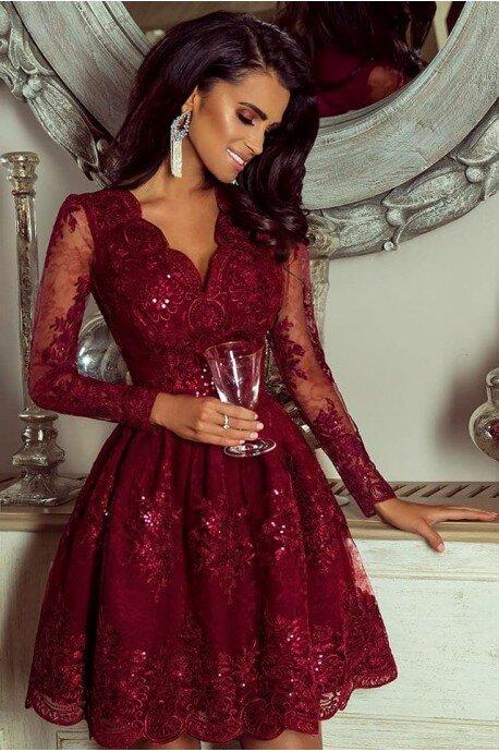 Rozkloszowana koronkowa sukienka z długim rękawem Eva -bordowa