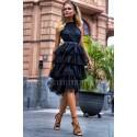 Tiulowa sukienka bez pleców Nicole Midi - czarna
