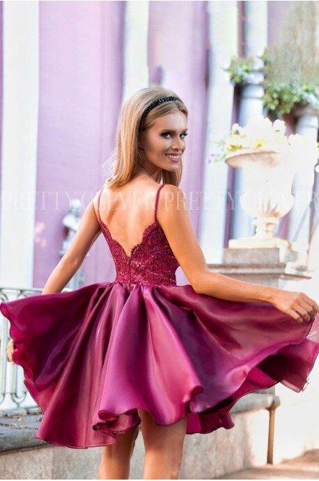 Ekskluzywna sukienka z koronkowym gorsetem Wenus - bordowa