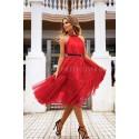 Tiulowa sukienka bez pleców Clare - czerwona