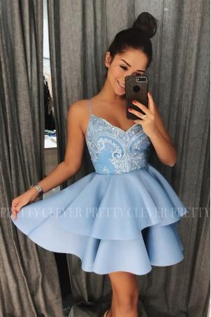 Koronkowa sukienka na wesele z piankową spódnicą Janet - błękitna
