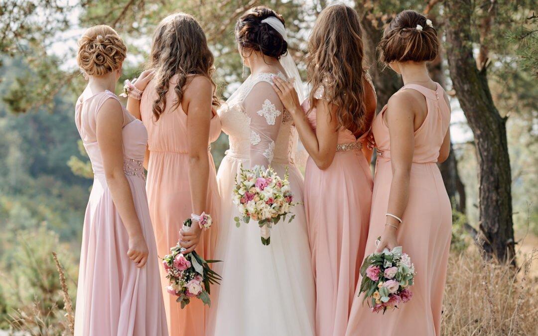 Pudrowy róż- Kolor idealny nawesele